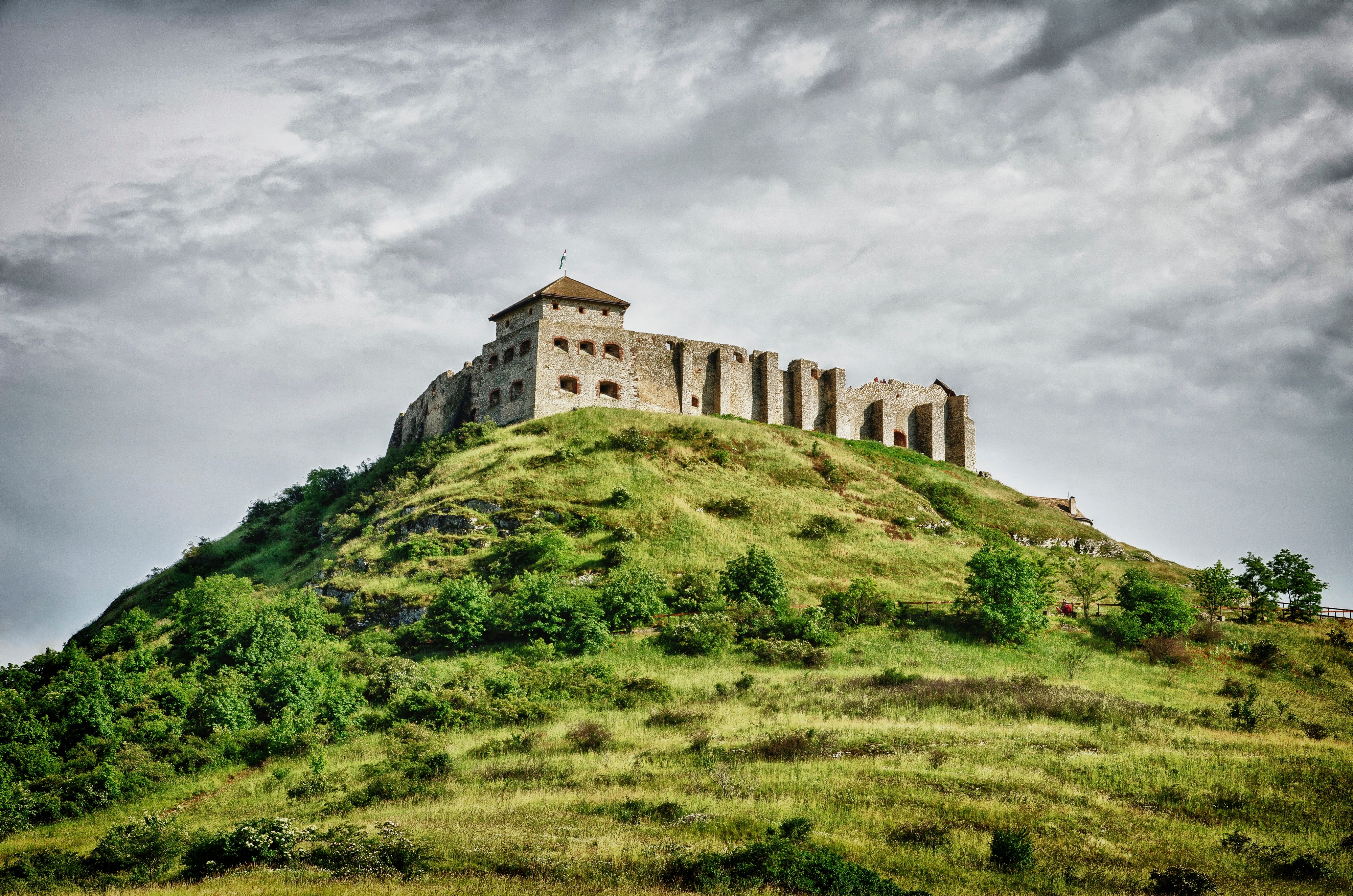 sumeg castle