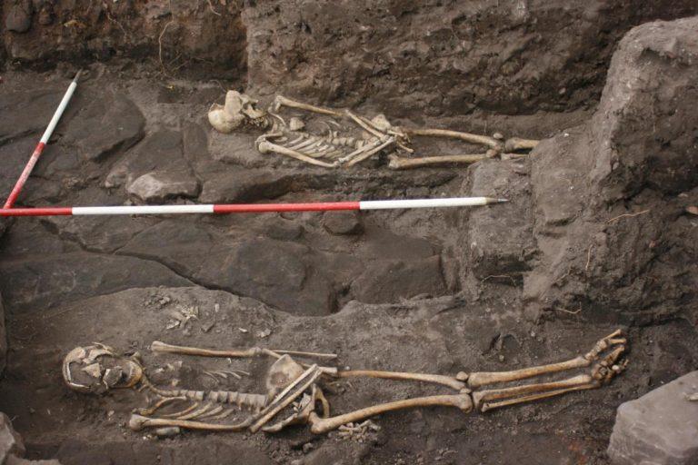 Halton Castle Skeletons in ground.jpg.gallery